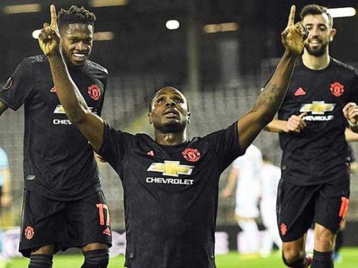 Vì sao các CLB Ngoại hạng Anh lại từ chối trở lại ra sân