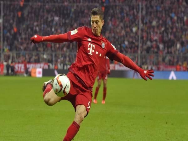 Tiểu sử và sự nghiệp bóng đá của cầu thủ Robert Lewandowski