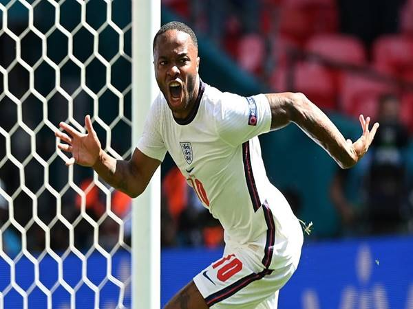 Tin bóng đá 16/6: Raheem Sterling cảnh báo Man City